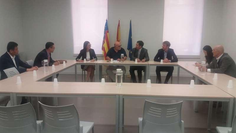 Una delegación empresarial se reúne con el secretario autonómico de Agricultura y Desarrollo Rural. GVA