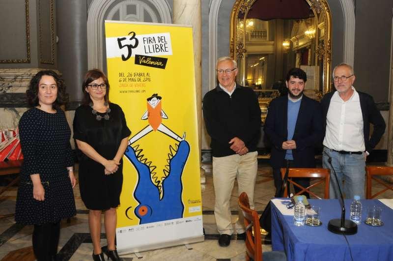 Presentació del  cartell de la Fira, obra de Sandra Navarro (lalalimola). Fotografía de García Poveda