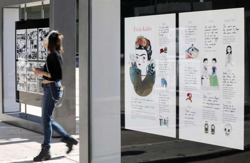 Una estudiante en la Facultad de Bellas Artes de la Universidad Politécnica de Valencia. EFE/Ana Escobar/Archivo