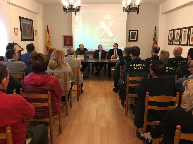 La reunión se celebró en el Ayuntamiento de Torás