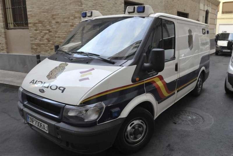 Furgón policial para el traslado de detenidos. EFE