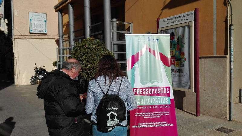 Información a pie de calle de los presupuestos participativos de Quart de Poblet para 2018. EPDA