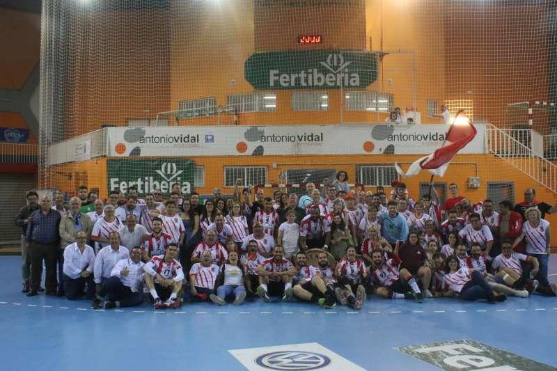 Celebración de la victoria del Fertiberia Puerto Sagunto. EPDA