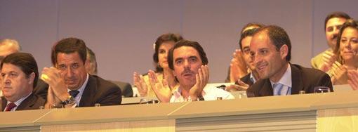 Olivas, Zaplana, Aznar y Camps en un congreso del PP el 28-9-2002. FOTO JOSÉ MARÍN
