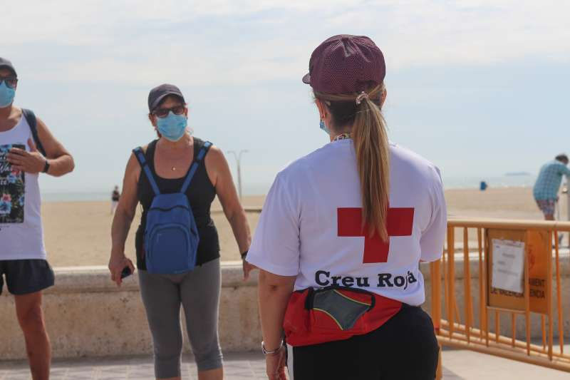 Profesionales de Cruz Roja. EPDA.