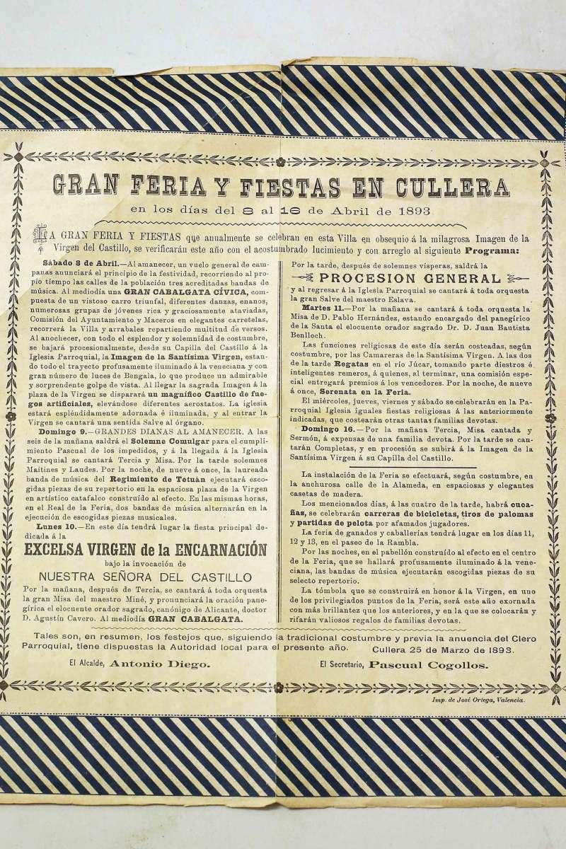 Libro fiestas de Cullera, uno de los más antiguos conservados.