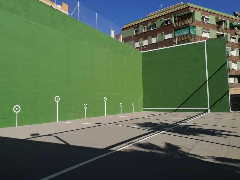 Pista de frontenis del Poliesportiu Municipal Héctor Catalá