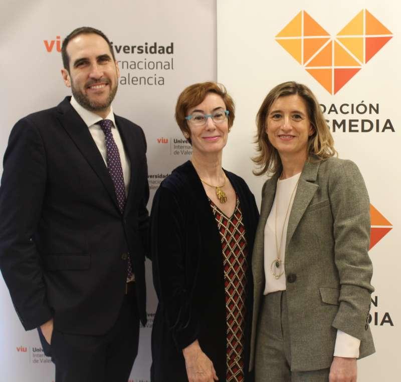 José Ramos, Carmen Bieger y Eva Giner. EPDA