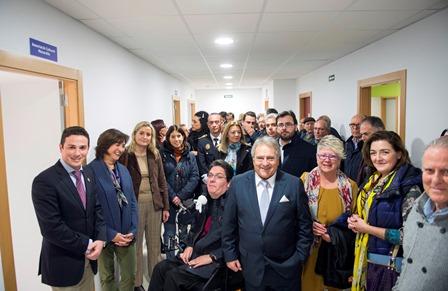 Autoridades provinciales y locales, en la inauguración. EPDA