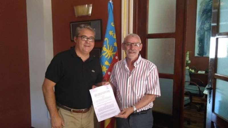 Firma del convenio. EPDA