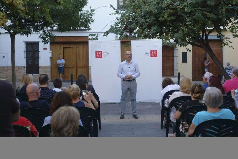 Acto de presentación del candidato socialista de Alaquàs Toni Saura.