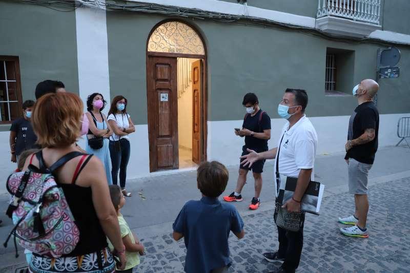 Participantes de la ruta A la lluna de Paterna.