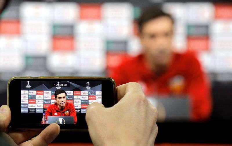 El entrenador del Valencia CF, Marcelino García del Toral, durante una rueda de prensa. EFE/Archivo