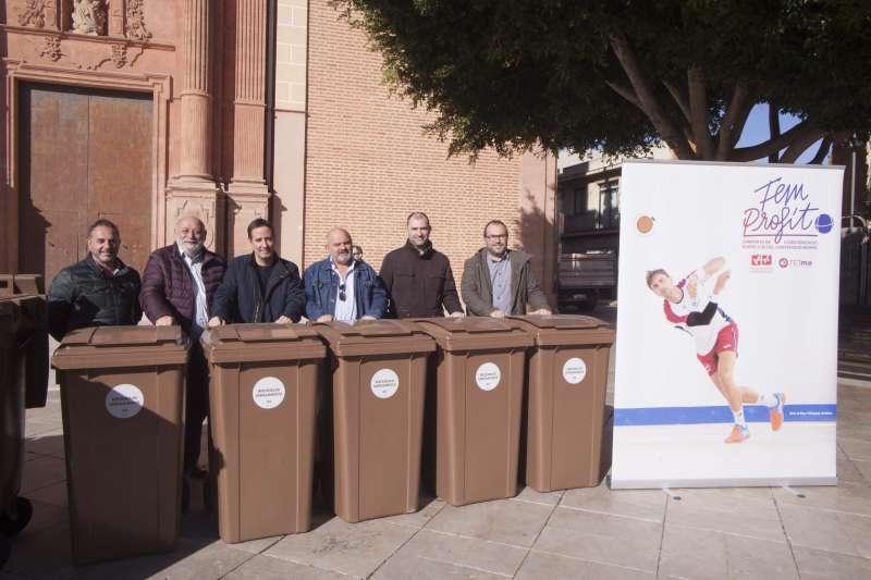 Presentación en Foios de los contenedores marrones de la campaña Fem Profit