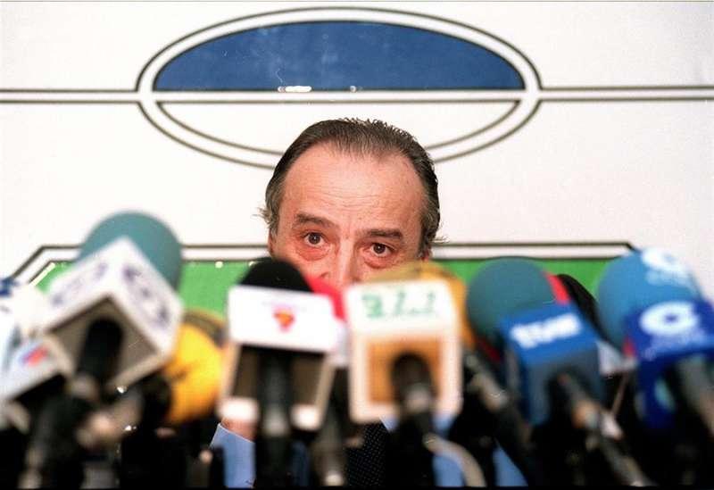 Juan Martín Queralt en una rueda de prensa durante su época como presidente de la Fundación Valencia CF. EFE/Archivo.