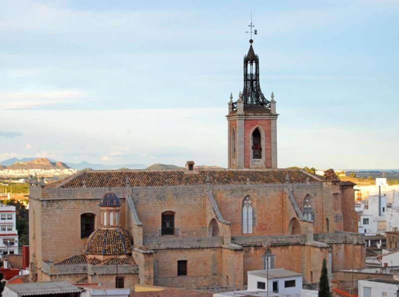 Imagen de la torre de la iglesia de Santa María. EPDA