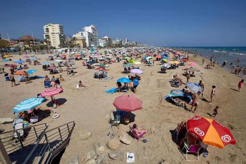 Imagen de archivo de una playa. EFE