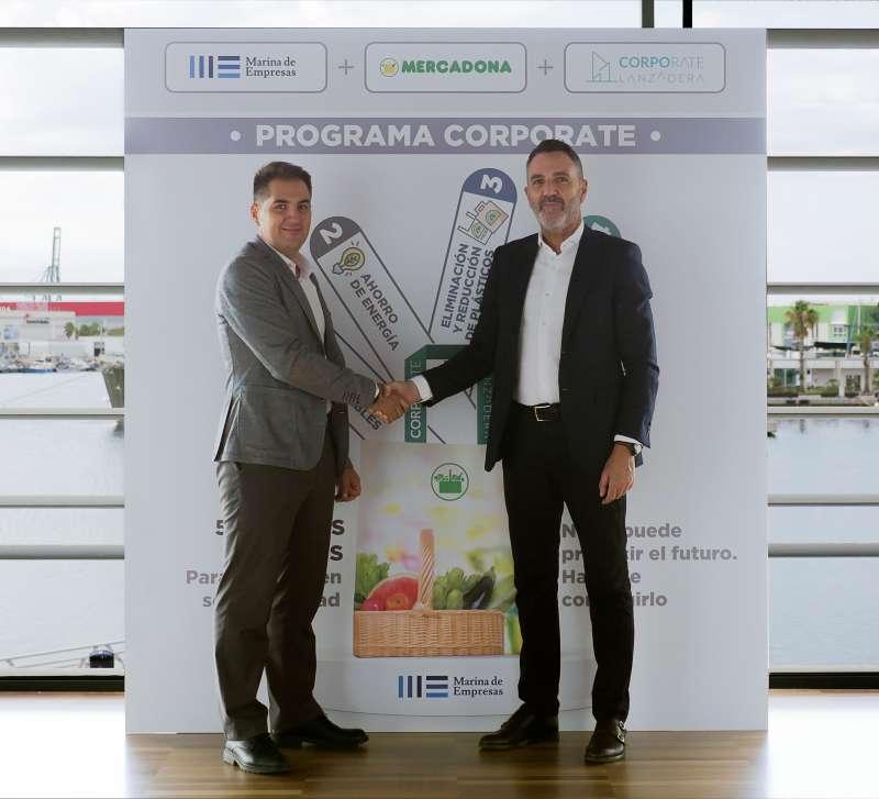 Nichan Bakkalian, responsable de Organización de Mercadona, junto a Javier Jiménez Marco, director general de Lanzadera, en las instalaciones de Marina de Empresas.