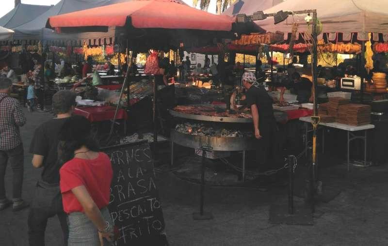 Imagen del mercado medieval de las Torres de Serranos