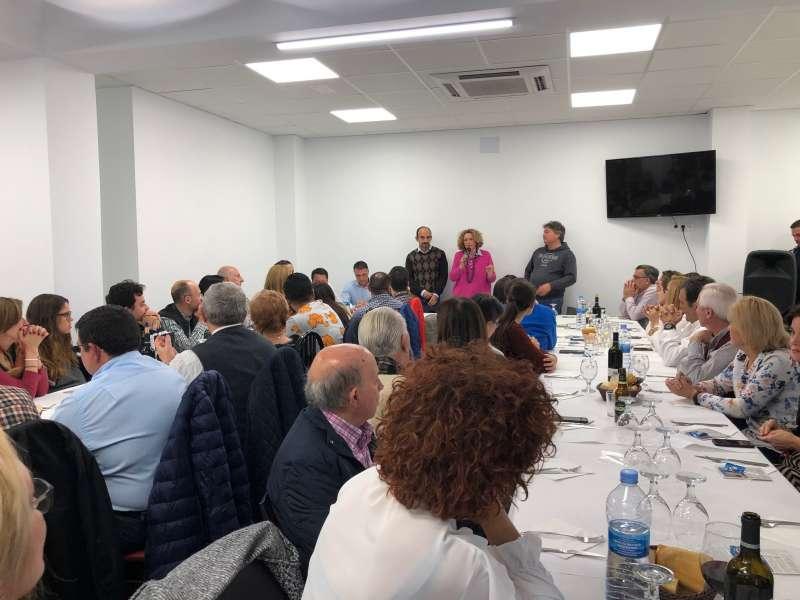 Encuentro de los tres diputados con los afiliados del PP de Torrent. EPDA