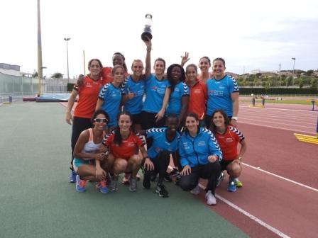 Las ganadoras de la Liga Nacional de Clubes de Atletismo de División de Honor. FOTO: DIVAL