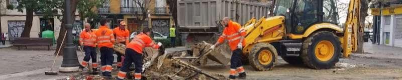 Limpieza tras la cremà de las fallas de València. EPDA