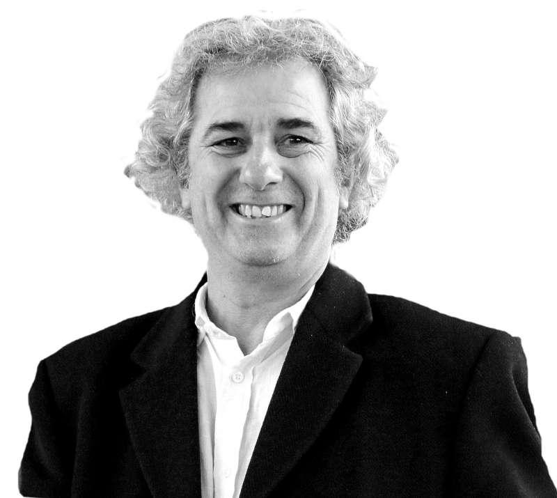 Nacho Latorre, Archivero-Bibliotecario de Requena