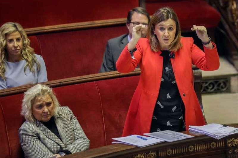 Maria José Català, durante su intervención en una sesión plenaria extraordinaria sobre el fraude de la EMT. EFE/Ana Escobar/Archivo