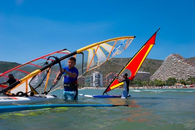 Imagen de la actividad de windsurf. FOTO: EPDA