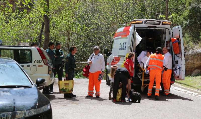 Sanitarios y Guardia Civil acudieron de inmediato al lugar