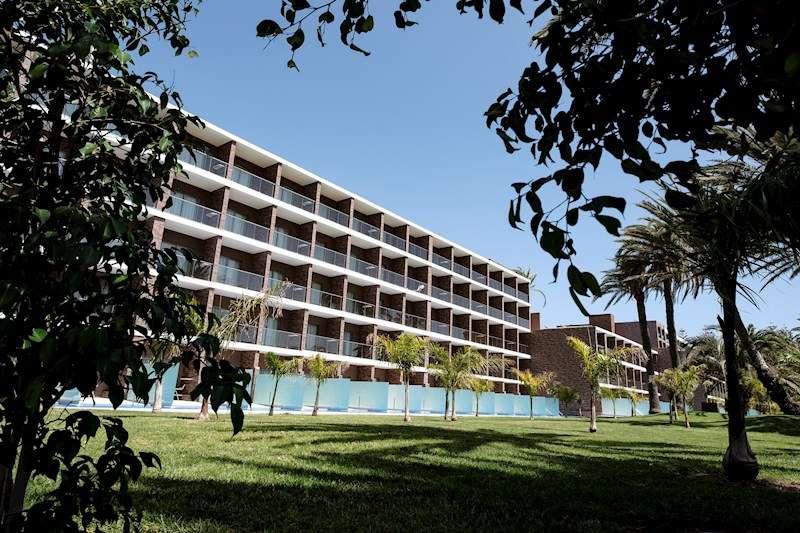 Uno de los numerosos hoteles existentes en España afectado por la crisis del coronavirus. EFE