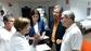 El peri�dico de aqu� -La consellera Mont�n habl� con el equipo y algunos pacientes