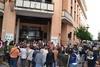 El peri�dico de aqu� -Lectura de un manifiesto a las puertas del Ayuntamiento de Albal. EPDA