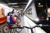 El peri�dico de aqu� -En d�as laborables se permite la entrada en todos los tramos de superficie y se limita a bicicletas plegables en los subterr�neos