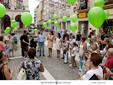 El peri�dico de aqu� -Suelta de globos verdes que simboliza la esperanza de ser escuchados. EPDA