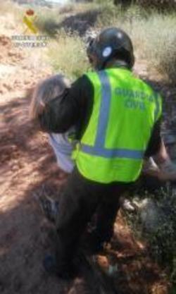 El peri�dico de aqu� -Rescate de la mujer enferma de Alzheimer. Imagen Guardia Civil