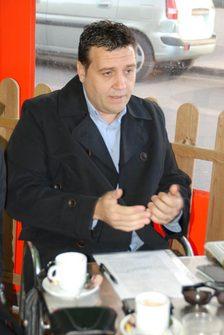 El peri�dico de aqu� -Juan Carlos Requena, concejal del PSPV-PSOE en el Ayuntamiento de Sagunto. FOTO EPDA