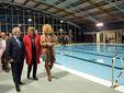 El peri�dico de aqu� -Visita a la piscina. FOTO: EPDA