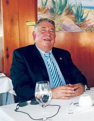 El peri�dico de aqu� -El secretario de Canet, Jos� Antonio Sancho. EPDA