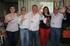 El peri�dico de aqu� -Los cinco concejales electos de Comprom�s celebran los resultados. EPDA