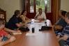 El peri�dico de aqu� -El alcalde y los concejales del equipo de gobierno con el Comit� de Empresa de Tumesa. EPDA